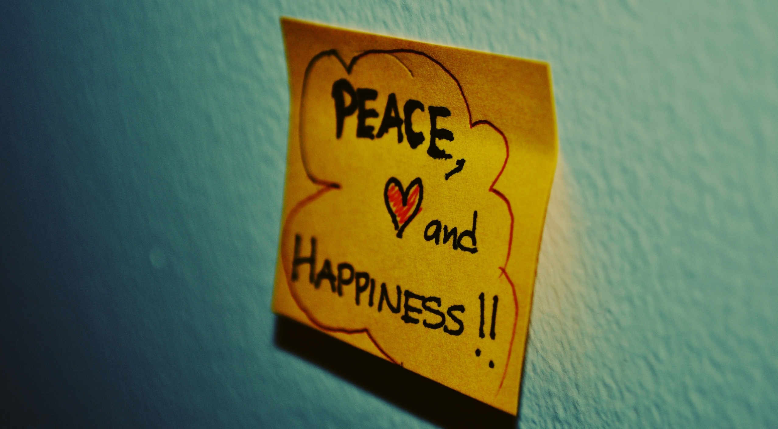 http://obviousmag.org/1sb/2015/04/28/imagens/peace_love_and_happiness-wallpaper-2560x1440.jpg
