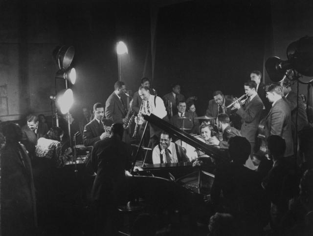 Gjon mili music jazz (1).jpg