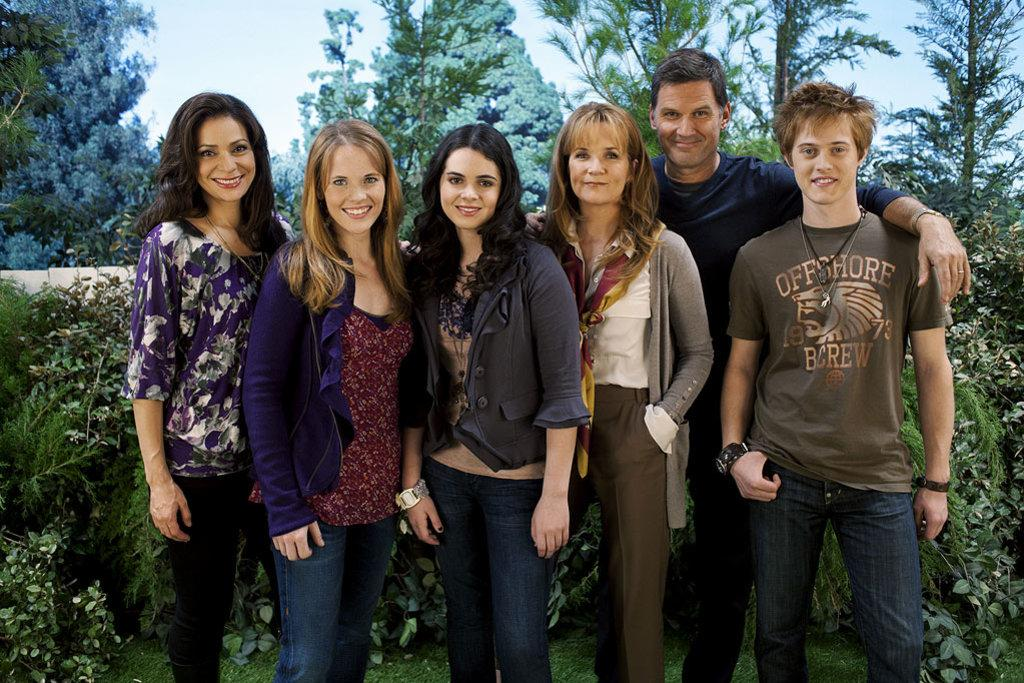 switched-at-birth-abc-family.jpg