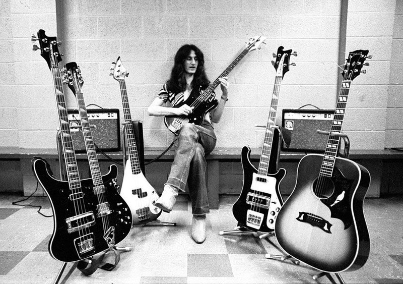 Vintage_Geddy_Lee_with_Quiver.jpg