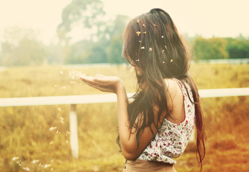 25748-Dreamy-Girl (2).png
