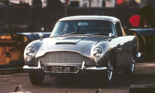 060124_bond_astonmartin_db5.jpg