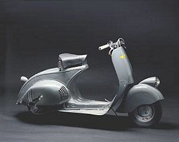 Cinema Vespa Piaggio Scooter