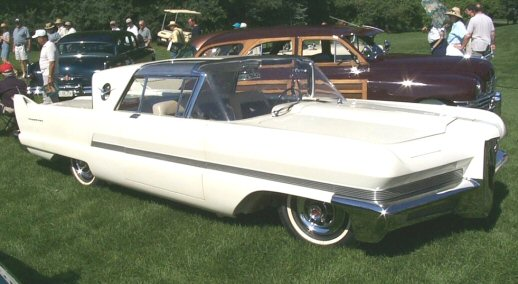 070607_blog.uncovering.org_1956-Packard-Predictor.jpg