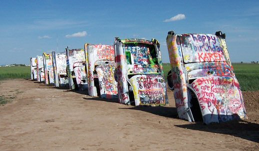 Cadillac Ranch Arte Instalacao Carros Automoveis USA Grafitti Ant Farm