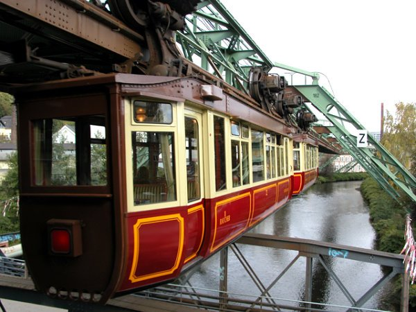 Suspended monorail in Wuppertal