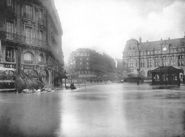 water disaster photos inundation flood Paris