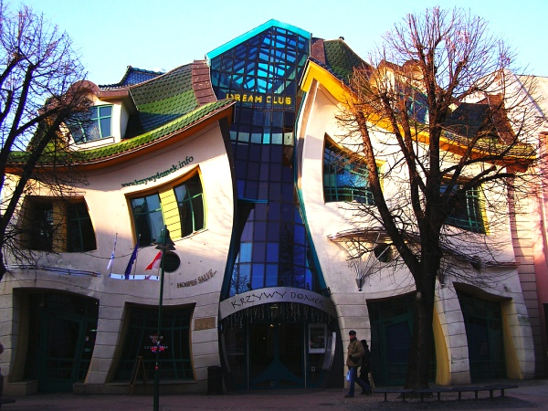 bizarre buildings