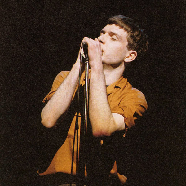 01_joy_division_Ian_Curtis_01.jpg