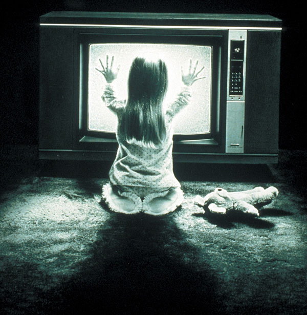 02_poltergeist_02.jpg