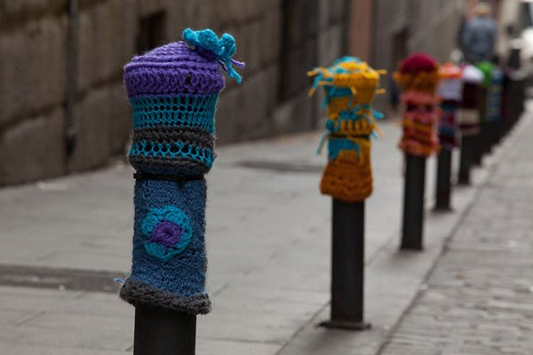 11_Yarn_Bombing_2_11.jpg