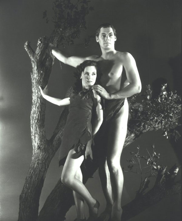 09_johnny_weismuller_and_maureen_tarzan_escapes_09.jpg