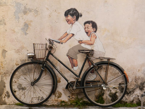 10_little_children_on_a_bicycle_mural_10.jpg