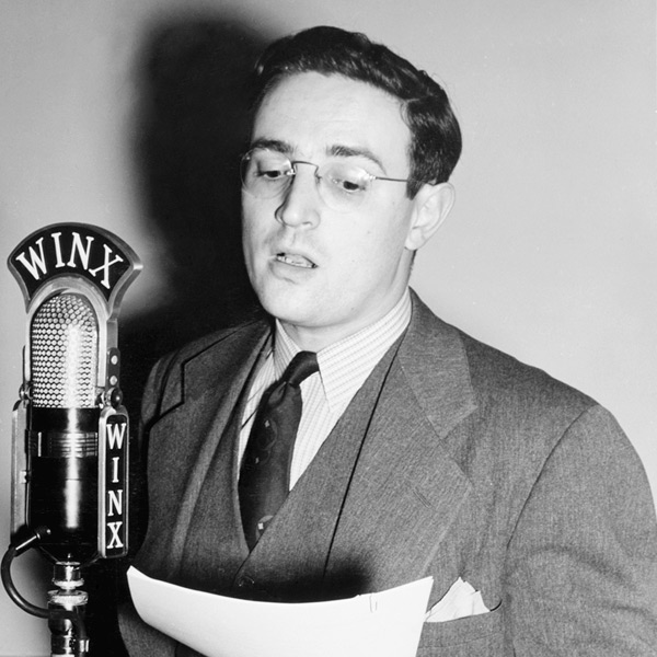 01_William_P_Gottlieb_durante_emissao_da_radio_WINX_Washington_cerca_de_1940_01.jpg