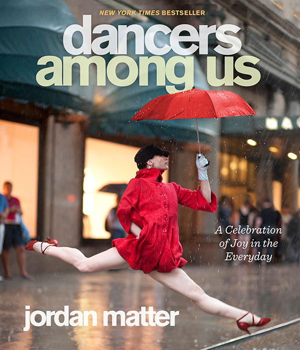 02_1_Capa_do_livro_Dancers_Among_Us.jpg