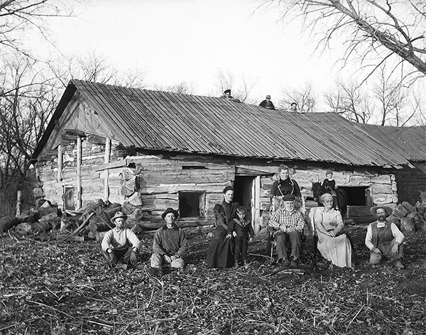 17_Solomon-D-Butcher,-a-casa-de-William-H-Nutter-sÇnior,-a-mais-antiga-de-Buffalo,-Nebraska,-1904.jpg