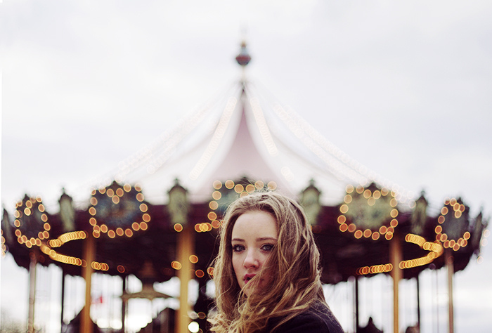 alizee-omaly-photography,the-carousel-girl.jpg
