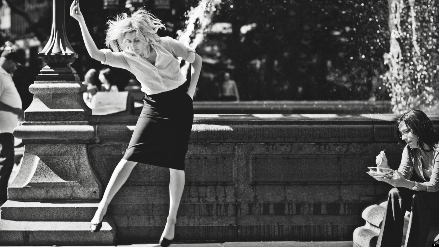 o-frances-ha-review-facebook.jpg