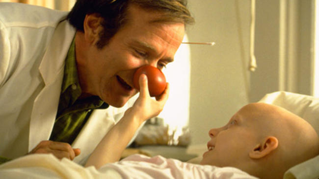 TO 10 - FILMES DE ROBIN WILLIAMS - PATCH ADAMS.jpg