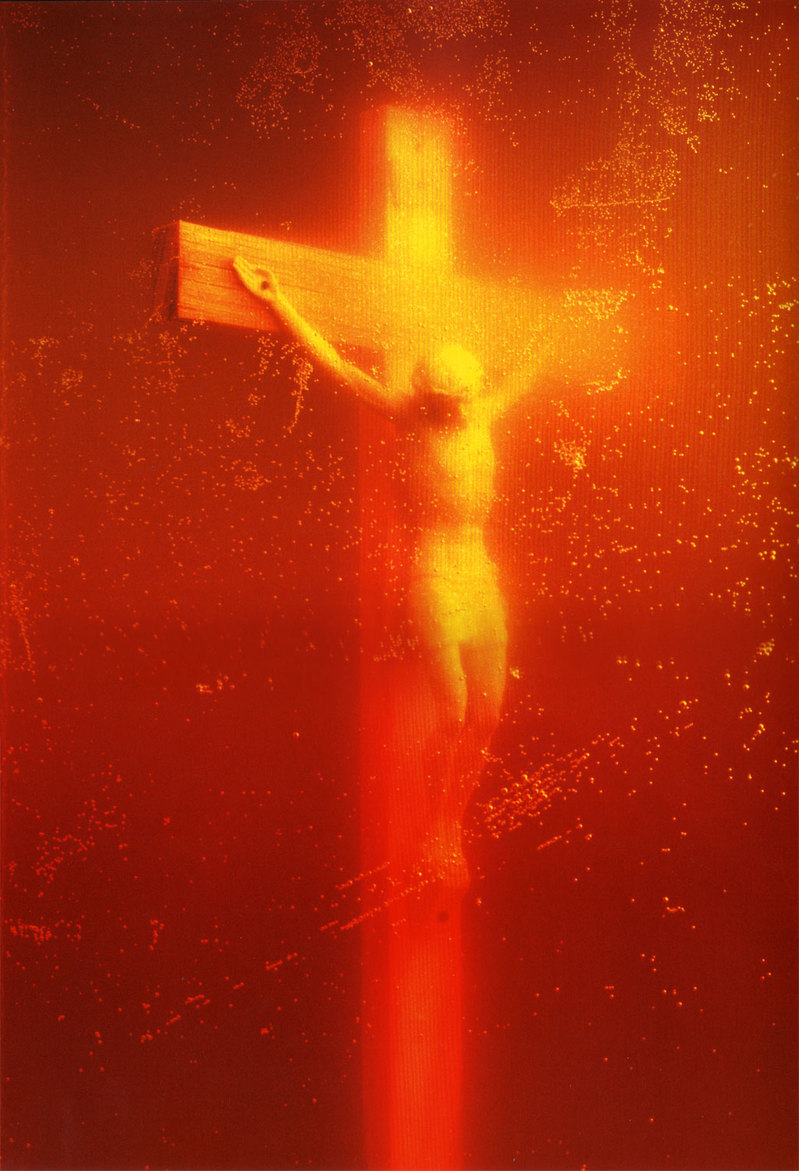 Piss_Christ_by_Serrano_Andres_(1987).jpg