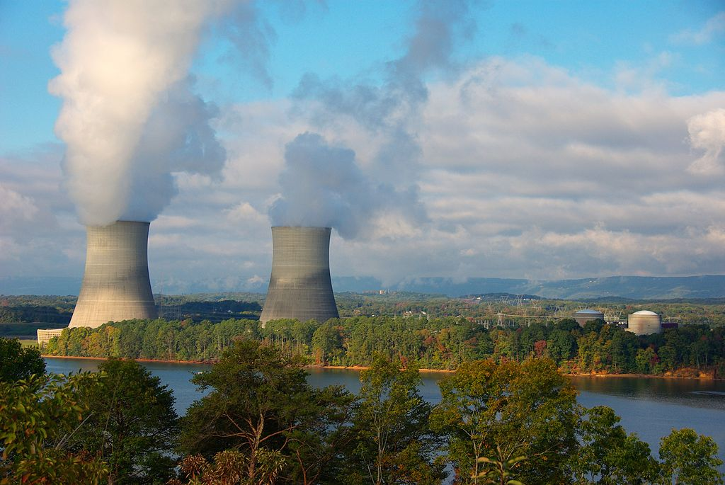 http://obviousmag.org/horizonte_de_eventos/2015/10/28/1024px-Sequoyah_Nuclear_Power_Plant.jpg