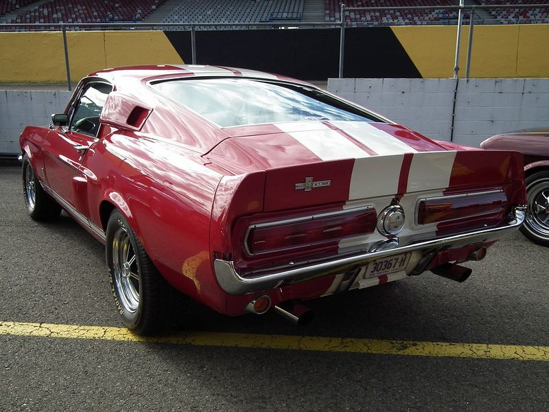 1967_Ford_Mustang_Shelby_GT500_coupe_(7708121550).jpg