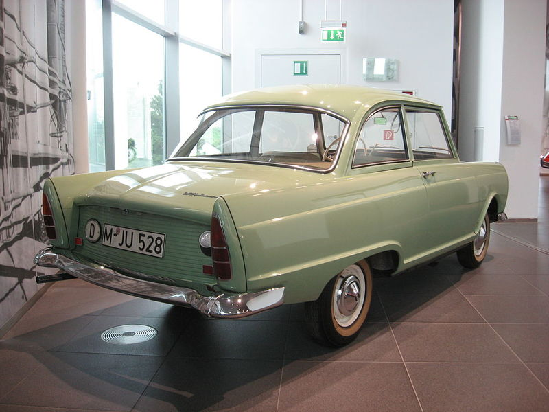 DKW-Junior_Rear-view.jpg