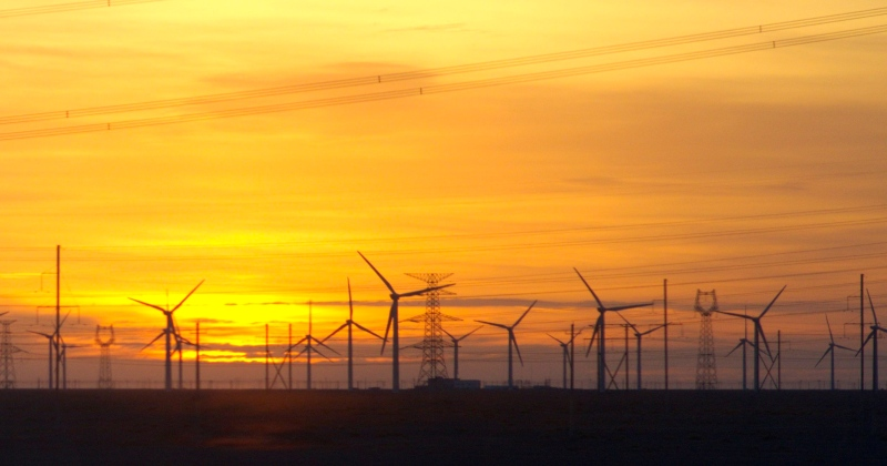 Gansu-Guazhou-windturbine-farm-sunset.jpg
