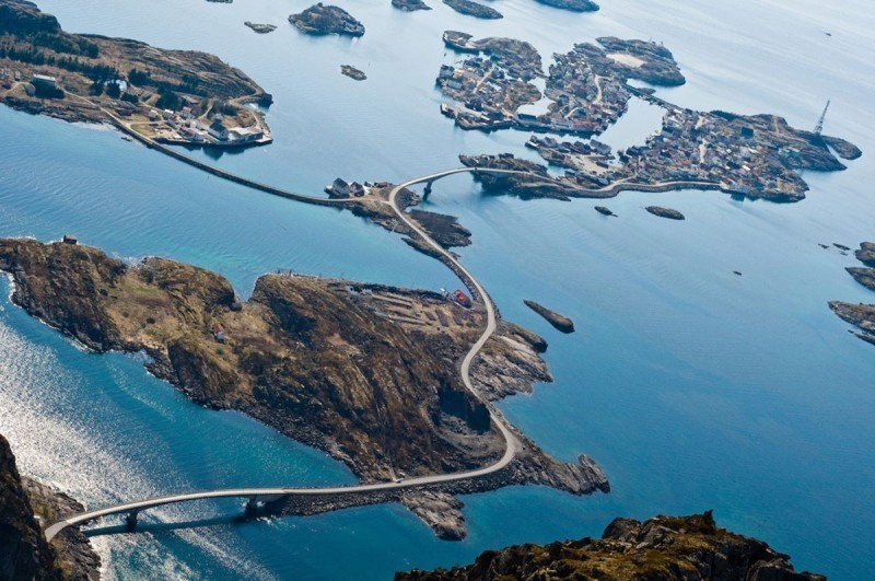 13-roads-atlantic-ocean-road.jpg