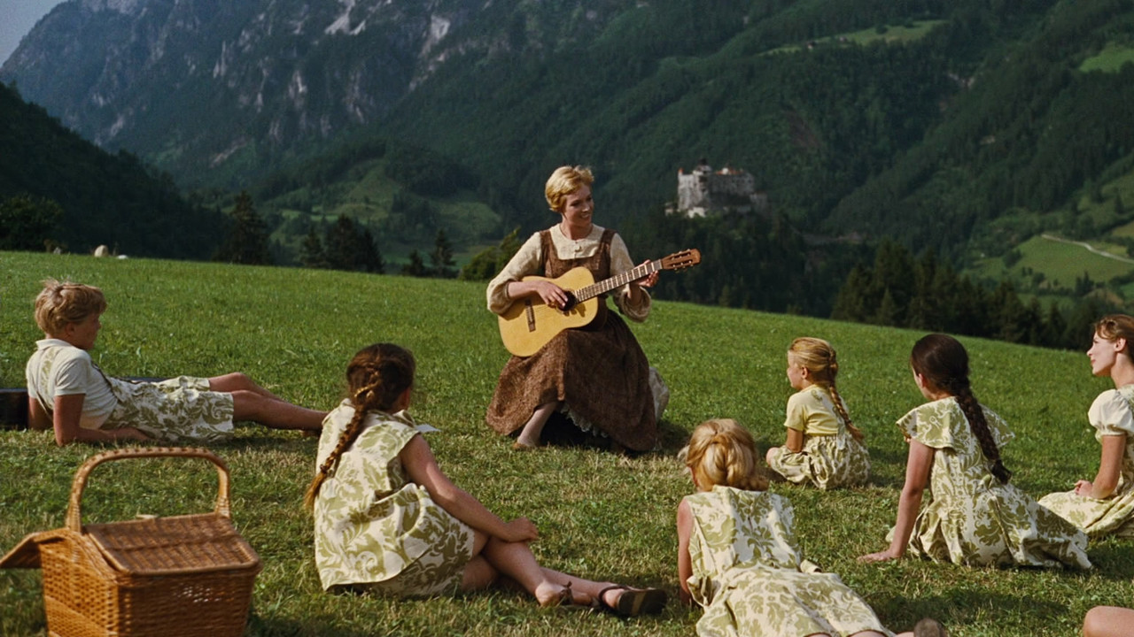 http://obviousmag.org/in_quietude/2015/11/032/TheSoundOfMusic.jpg