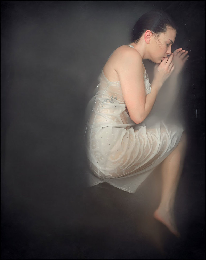 surreal-anxiety-portraits-my-anxious-heart-katie-crawford-4__880.jpg