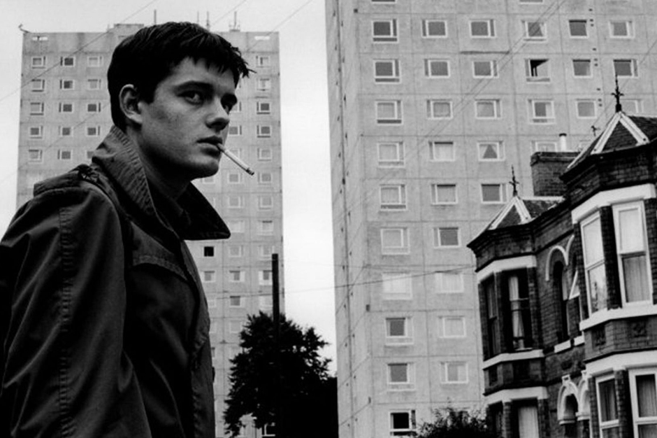 131113-ian-curtis-table.jpg