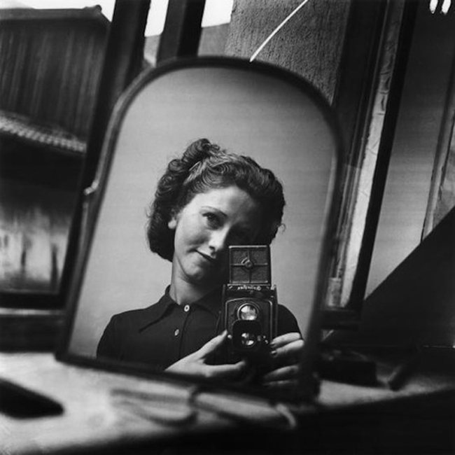 self-portrait-paris-c1935-ata-kando.jpg