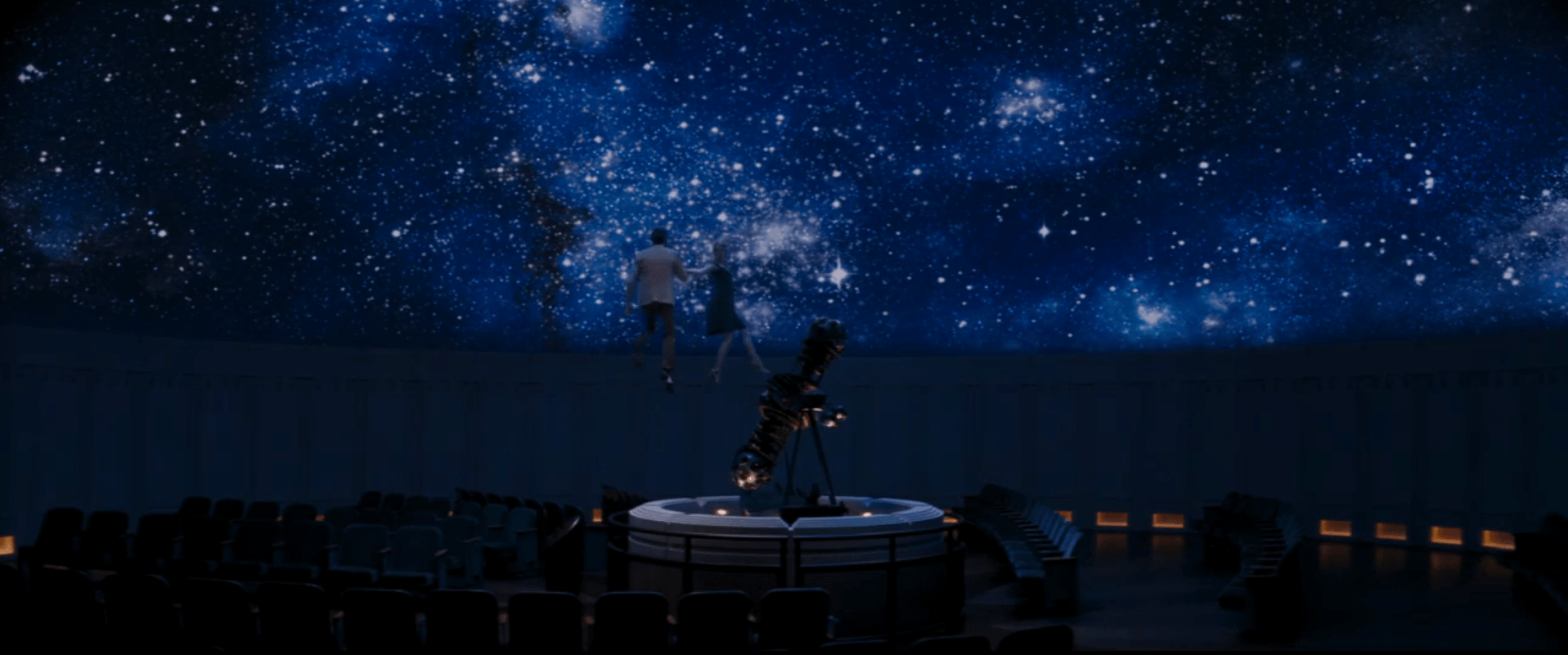 la-la-land-mia-and-seb-at-the-planetarium.png