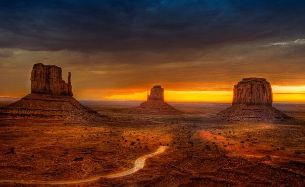Monument Valley, USA1.jpg