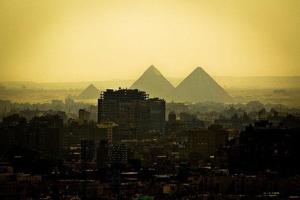 The Pyramids of Giza, Egypt2.jpg