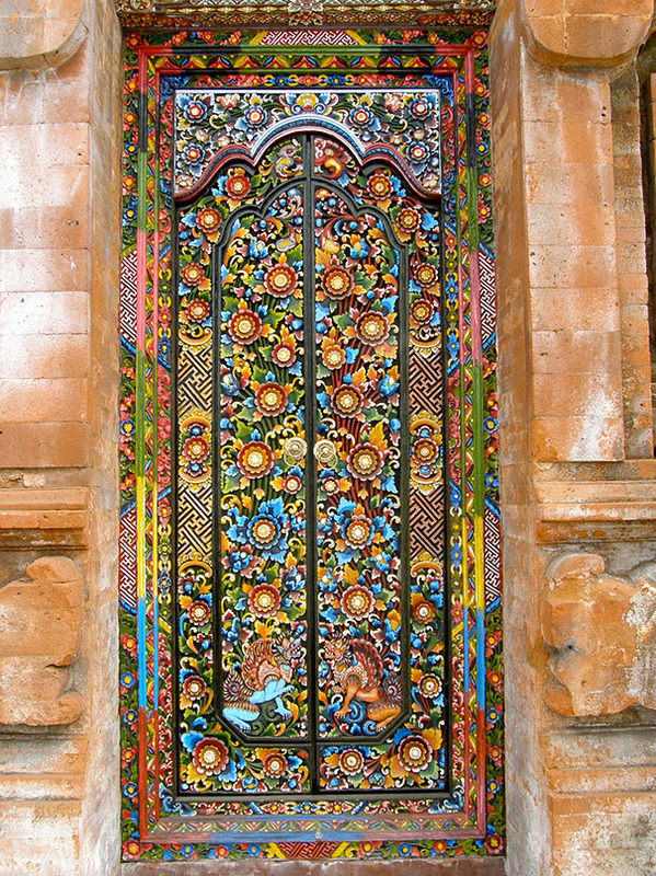 Most Beautiful Doors Around The World014.jpg
