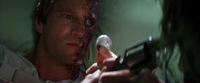 -Harvey-Dent-Two-Face-The-Dark-Knight-Screencaps-harvey-dent-13409393-1273-529.jpg
