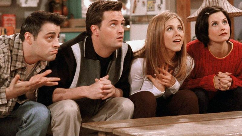 matt-leblanc-matthew-perry-jennifer-aniston-courteney-cox-friends-embryos-wb.jpg
