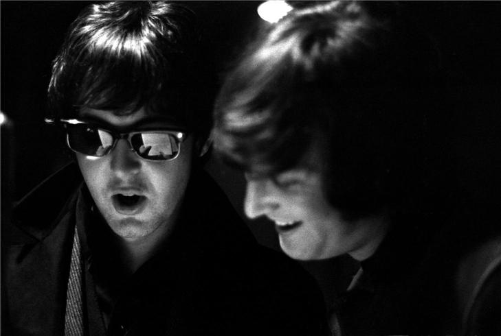 John-Paul-lennon-mccartney-23896996-729-490.jpg