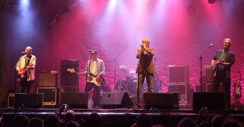 The_Blues_Band,_concert_2012-09.jpg